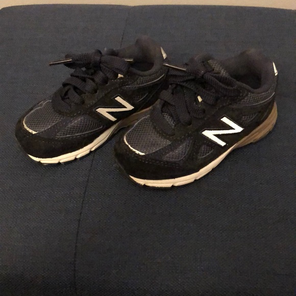 new style fb9bc 12184 Toddler New Balance 990 Size 6 (Navy Blue)